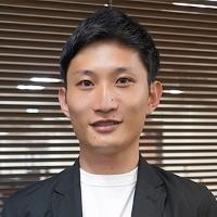 佐藤 亮介 氏